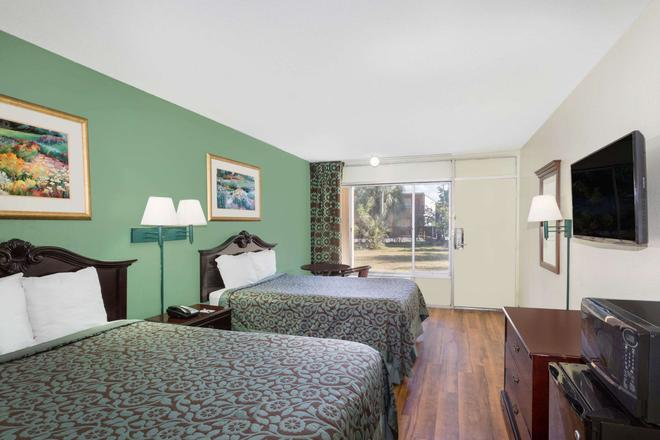 Travelodge by Wyndham Fort Myers North - North Fort Myers - Schlafzimmer