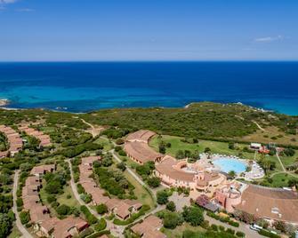 Sant'Elmo Beach Hotel - Castiadas - Outdoor view
