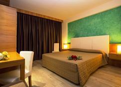 Hotel Galilei - Pisa - Bedroom