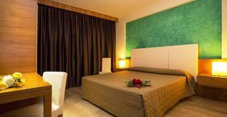 Hotel Galilei - פיזה - חדר שינה