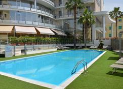 Mediterraneo Palace Hotel - Amantea - Basen