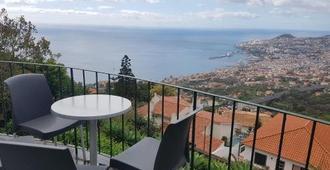 Madeira Happy Hostel - Funchal - Balcony
