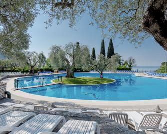 Hotel Marco Polo - Garda - Zwembad