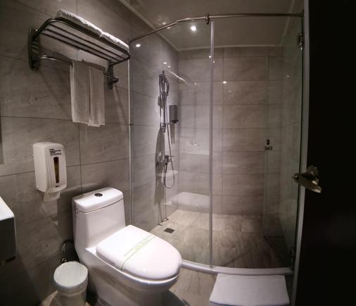 巧合大飯店 - 台中 - 浴室