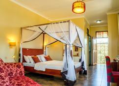 2 Friends Entebbe Beach Hotel - Entebbe - Makuuhuone