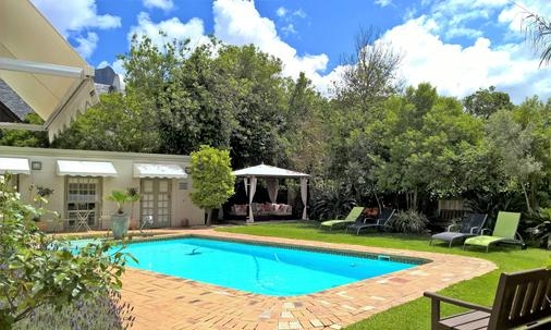 Wild Olive Guest House - Cape Town - Pool