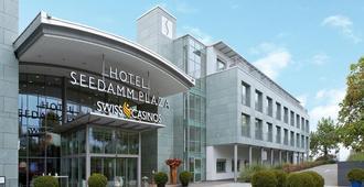 Seedamm Plaza - Zúrich - Edificio