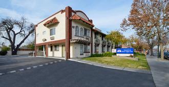 Americas Best Value Inn San Jose Convention Center - San Jose - Bygning