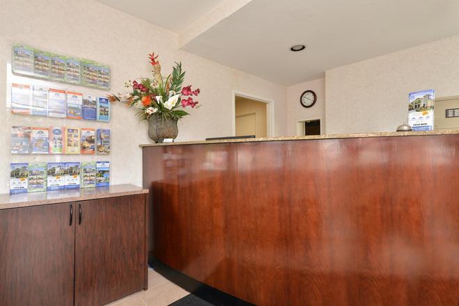 Americas Best Value Inn San Jose Convention Center - San Jose - Front desk
