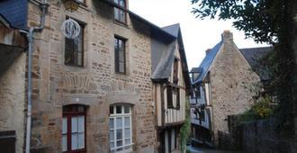 Le Rempart Du Jerzual - Dinan - Edificio