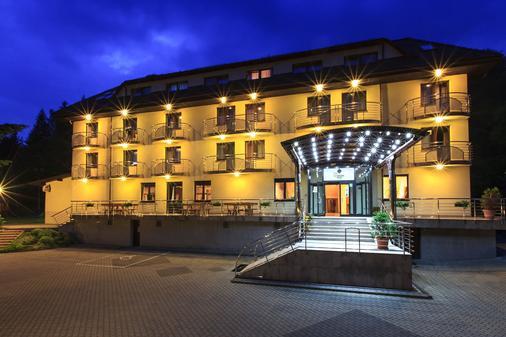 Hotel Vestina - Wisla - Gebäude