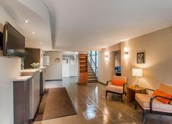 Comfort Inn Mont Laurier - Mont-Laurier - Lobby