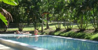 Base Airlie Beach Resort - Airlie Beach - Pool