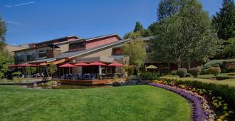 Cedarbrook Lodge - סיטאק