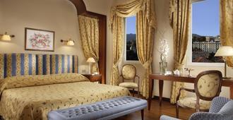 Royal Hotel San Remo - San Remo - חדר שינה