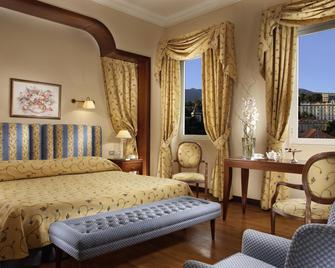 Royal Hotel San Remo - San Remo - Bedroom