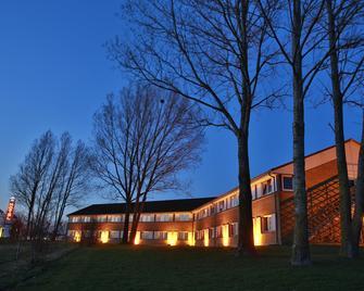 Best Western Plus Hotel Fredericia - Fredericia - Budova