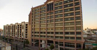 Hotel Real Plaza Aguascalientes - Aguascalientes - Edificio