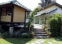 Villa Yukie Senggigi - Senggigi - Outdoors view