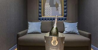 Hotel Les Bulles De Paris - Παρίσι - Σαλόνι