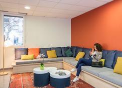Aparthotel Adagio Access Paris Asnieres - Asnières-sur-Seine - Vardagsrum