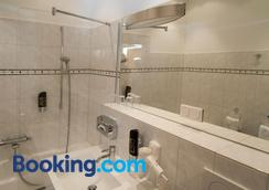 Hotel Europa - Görlitz - Bathroom