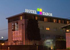 Hotel Tabor - Maribor - Edificio