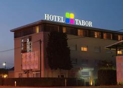 Tabor - Maribor - Edificio