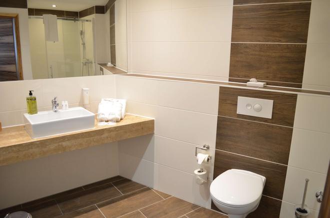貝斯特韋斯特優質濱海明星林道酒店 - 巴伐利亞林道 - 浴室