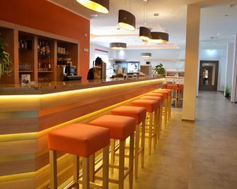 Best Western Plus Marina Star Hotel Lindau - Lindau - Bar