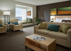 Delta Hotels by Marriott Prince Edward - Charlottetown - Wohnzimmer