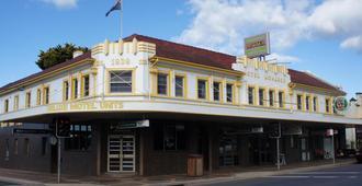 Monarch Motel Hotel - Moruya