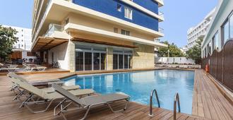 Athena Hotel - Rodos - Uima-allas