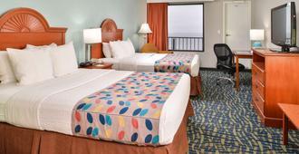 Best Western Plus Holiday Sands Inn & Suites - נורפולק - חדר שינה