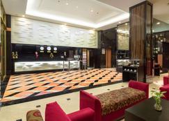 Best Western Plus Makassar Beach - Makassar - Lobby
