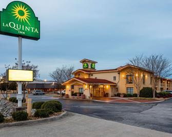 La Quinta Inn by Wyndham Huntsville Research Park - Huntsville - Gebäude