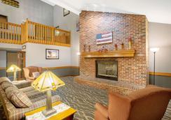 科勒爾維爾阿美瑞辛酒店 - 科勒爾維爾 - 珊瑚村 - 客廳