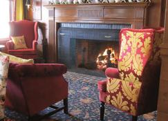The Colony Hotel - Kennebunkport - Lobby