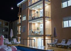 Hotel Ajana - Ulcinj - Bâtiment