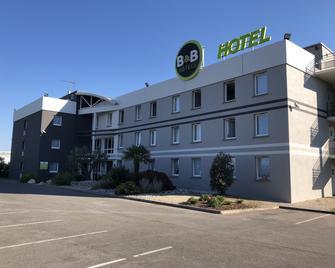 B&B Hotel Montauban - Montauban - Building
