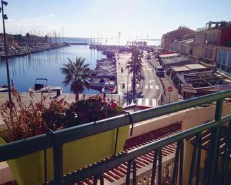 Hotel Restaurant du Port - Мез - Балкон