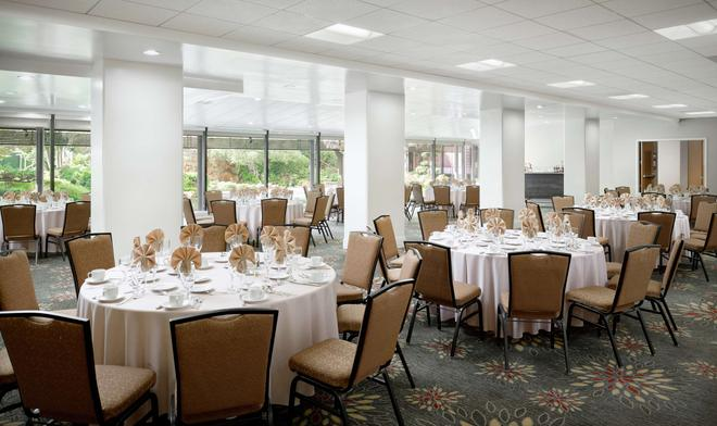 DoubleTree by Hilton Los Angeles Downtown - Los Angeles - Banquet hall