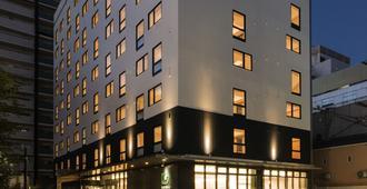 โรงแรมคารักซะ โอซาก้า นัมบะ - โอซาก้า - อาคาร