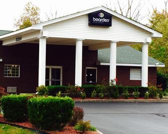 Boarders Inn & Suites by Cobblestone Hotels - Ashland City - Ashland City - Building