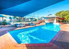 Amalfi Resort - Busselton - Piscina