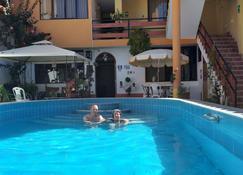 Hotel Baños Del Inca - Cajamarca - Piscina