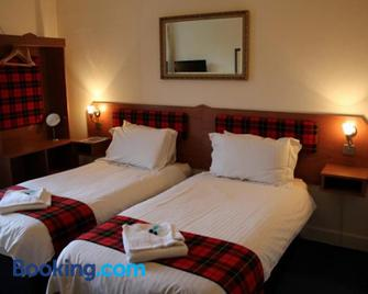 The Highland Guest House - Callander - Bedroom