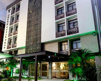 Vida Plaza Hotel - Núcleo Bandeirante - Edificio
