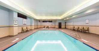 Staybridge Suites Seattle - Fremont - Seattle - Piscina