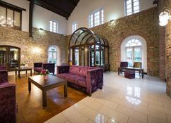 Cavan Crystal Hotel - Cavan - Lobby
